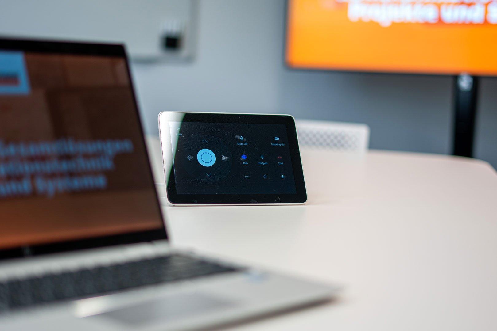 Ein Tablet für die Mediensteuerung
