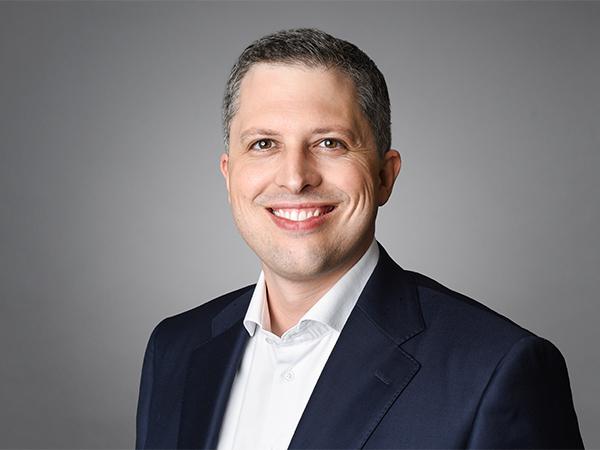 Profilbild von Adrian  Naeff